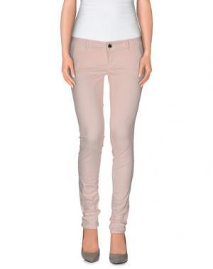 Повседневные брюки CAMOUFLAGE AR AND J.. Цвет: светло-розовый
