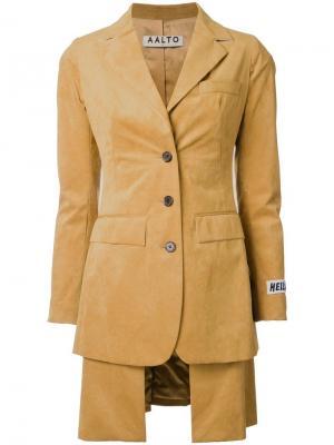 Приталенный пиджак с многослойным подолом Aalto. Цвет: коричневый