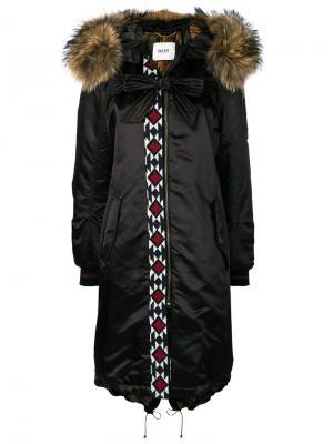 Парка с вышивкой и кроличьим мехом Bazar Deluxe. Цвет: чёрный