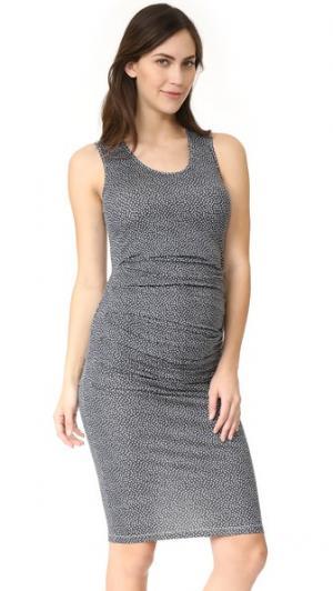 Платье без рукавов со складками Ingrid & Isabel. Цвет: разбросанные лепестки