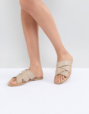 Sol Sana Бежевые кожаные сандалии. Цвет: бежевый