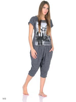 Комплект домашней одежды (футболка, бриджи) HomeLike. Цвет: серый, белый