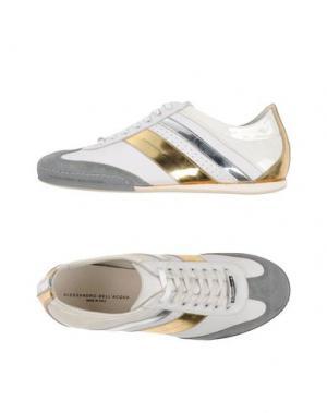 Низкие кеды и кроссовки ALESSANDRO DELL'ACQUA. Цвет: серый