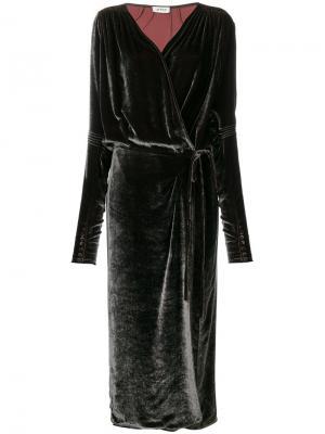 Длинное платье с запахом Attico. Цвет: серый