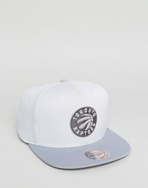 Mitchell & Ness Бейсболка Toronto Raptors. Цвет: серый