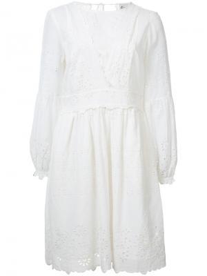 Платье с выбитым цветочным узором Sea. Цвет: белый