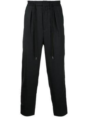 Укороченные спортивные брюки monkey time. Цвет: чёрный