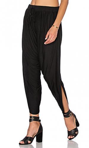 Штаны-гаремы Haute Hippie. Цвет: черный