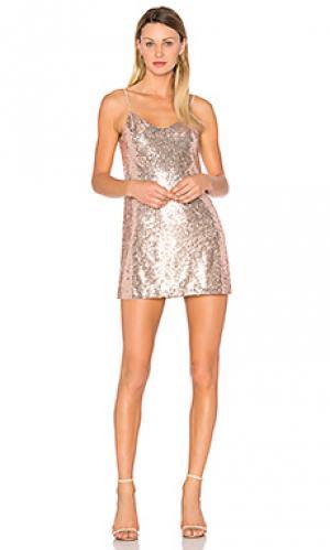 Мини платье tessellate NBD. Цвет: серебряный
