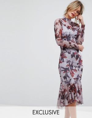 Hope and Ivy Сетчатое платье с цветочным принтом, длинными рукавами и баской по кра. Цвет: фиолетовый