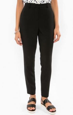 Классические черные брюки b.young. Цвет: черный