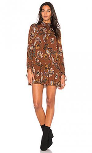 Платье с длинным рукавом micah Clayton. Цвет: коричневый