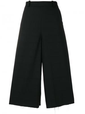 Широкие укороченные брюки Masnada. Цвет: чёрный