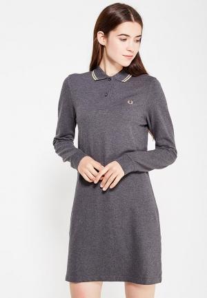 Платье Fred Perry. Цвет: серый
