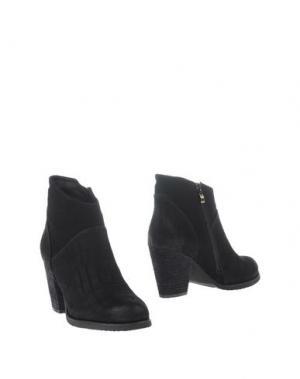 Полусапоги и высокие ботинки STYLESNOB. Цвет: черный