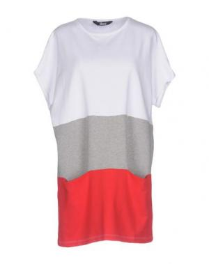 Короткое платье SHOESHINE. Цвет: белый