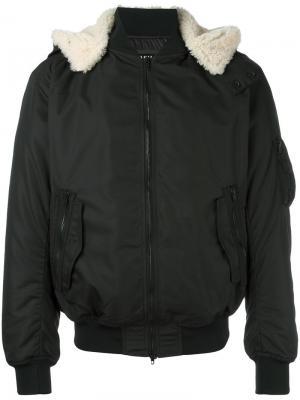 Куртка-бомбер с капюшоном Ahirain. Цвет: чёрный