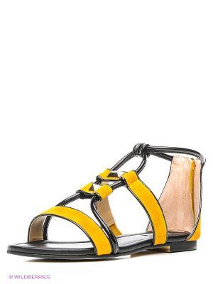 Сандалии Vitacci. Цвет: желтый, черный