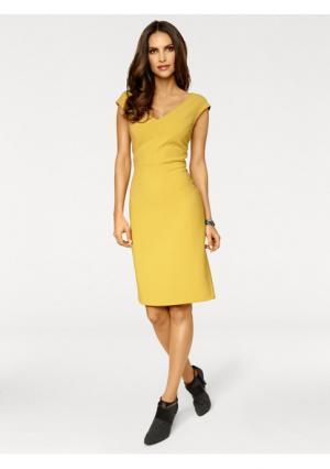 Платье-футляр Ashley Brooke. Цвет: желтый