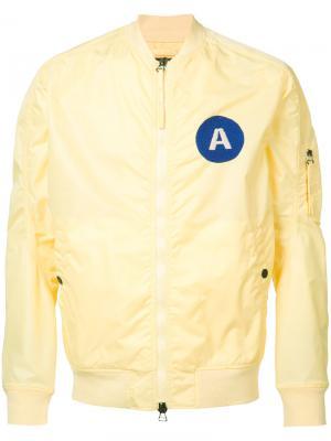 Куртка-бомбер с нашивкой на груди Maharishi. Цвет: жёлтый и оранжевый