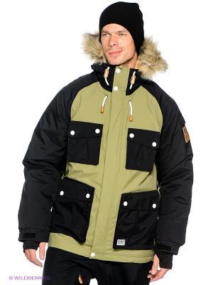 Куртка CLWR. Цвет: зеленый, черный