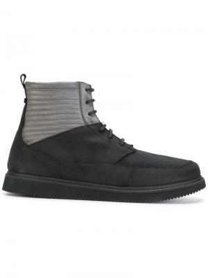 Ботинки на шнуровке Volta. Цвет: чёрный