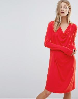 Ganni Цельнокройное платье со свободным воротом. Цвет: красный