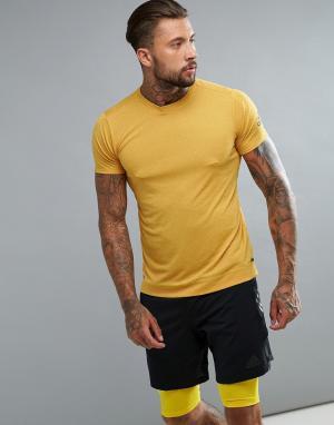 Adidas Желтая спортивная футболка BR4153. Цвет: желтый