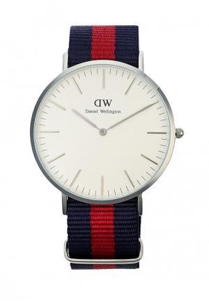 Часы Daniel Wellington. Цвет: синий