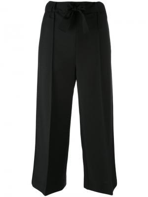 Укороченные строгие брюки Fendi. Цвет: чёрный