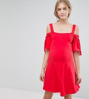 ASOS Maternity Платье с открытыми плечами, бантами и D-образными кольцами Matern. Цвет: красный