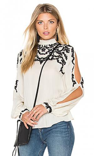Блуза с кружевной аппликацией и открытыми плечами Haute Hippie. Цвет: беж