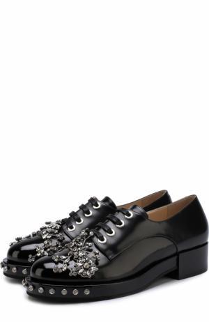 Кожаные ботинки с отделкой кристаллами No. 21. Цвет: черный