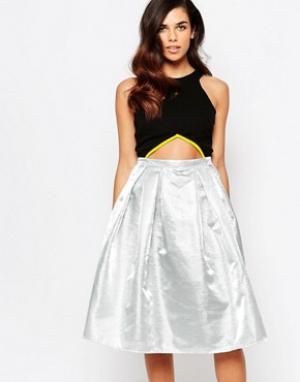 Lashes of London Платье миди для выпускного. Цвет: серебряный
