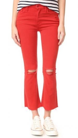 Укороченные потрепанные джинсы Insider MOTHER. Цвет: красный