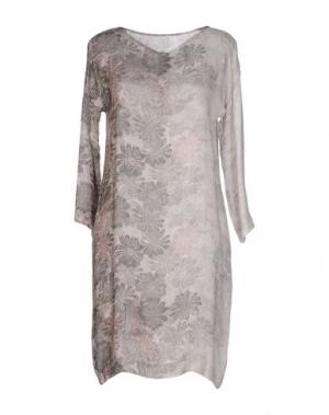 Короткое платье EMMA&GAIA. Цвет: светло-серый