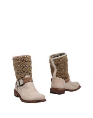 Полусапоги и высокие ботинки FELMINI. Цвет: бежевый