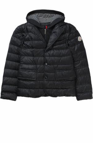 Пуховая куртка с капюшоном Moncler Enfant. Цвет: темно-синий