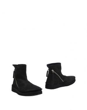 Полусапоги и высокие ботинки B&B. Цвет: черный