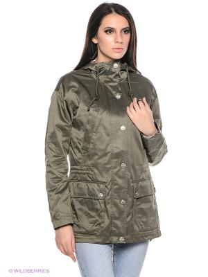 Куртка Finn Flare. Цвет: зеленый
