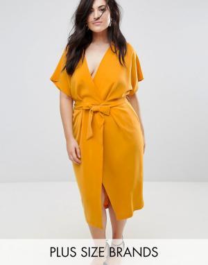Closet Plus Платье-футляр с запахом и поясом London. Цвет: желтый