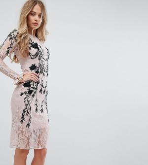 Hope and Ivy Платье с длинными рукавами и декоративной отделкой &. Цвет: розовый