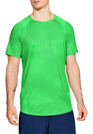 Футболка спортивная Under Armour. Цвет: зеленый