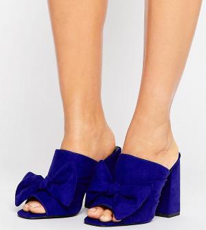 New Look Wide Fit Сабо на каблуке с бантом для широкой стопы. Цвет: синий