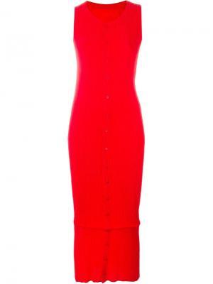 Плиссированное платье без рукавов Issey Miyake Vintage. Цвет: красный