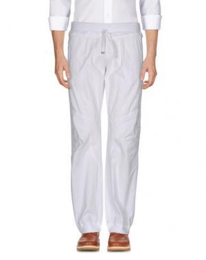 Повседневные брюки MEETING. Цвет: белый