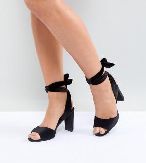 New Look Wide Fit Бархатные босоножки на блочном каблуке для широкой стопы. Цвет: черный