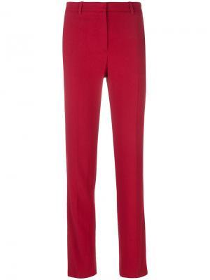 Узкие брюки строгого кроя Theory. Цвет: красный