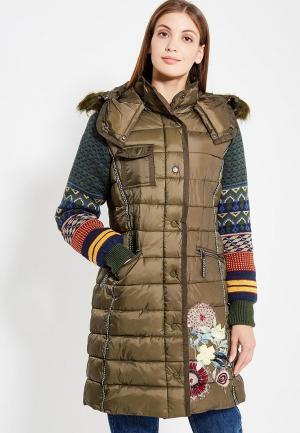 Куртка утепленная Desigual. Цвет: хаки