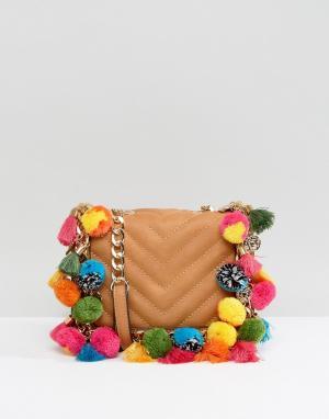 ALDO Маленькая сумка через плечо с отделкой помпонами. Цвет: рыжий
